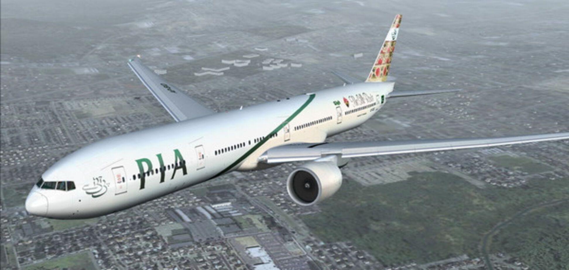 У Пакистані зник з радарів літак з 37-ма пасажирами на борту
