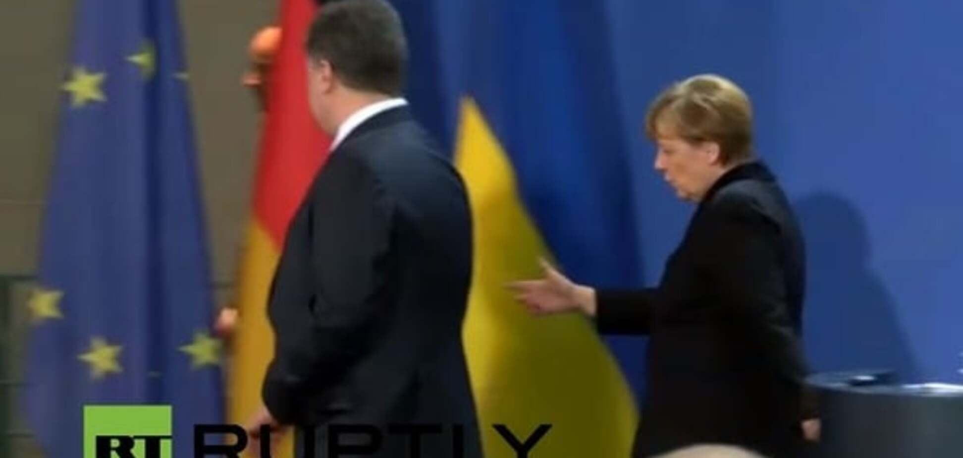 Появилось видео, как Меркель догоняла Порошенко в Берлине