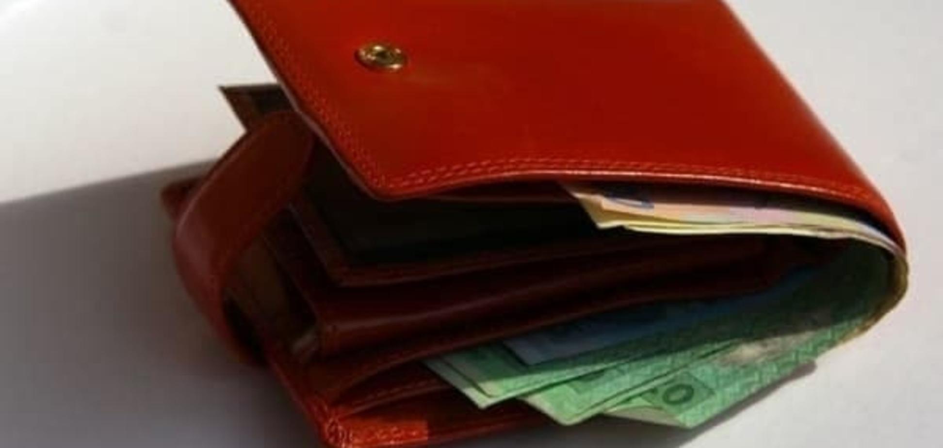 Нові умови призначення допомоги одиноким матерям: все про документи та суми виплат