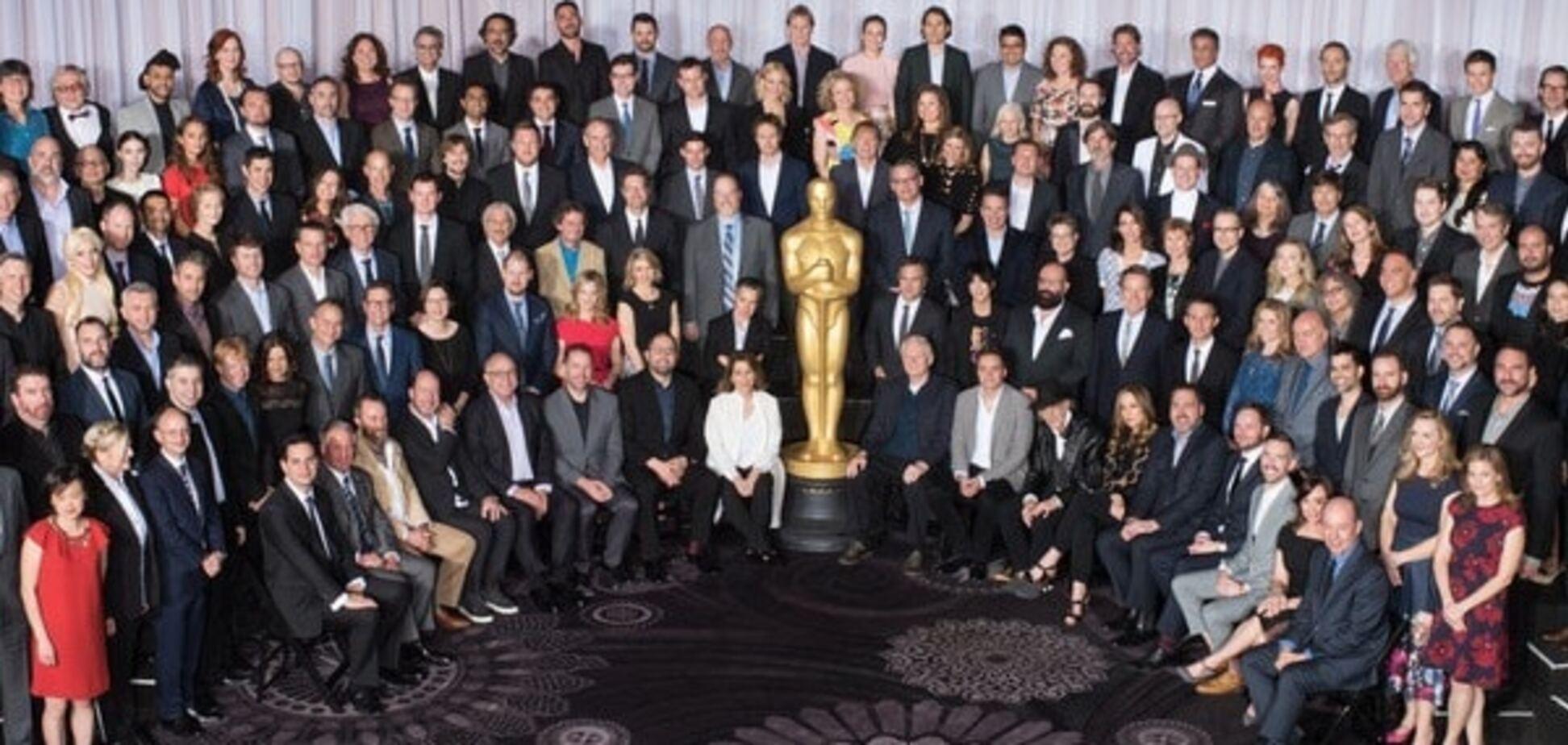 Номінанти на премію 'Оскар' повеселилися на урочистій вечері