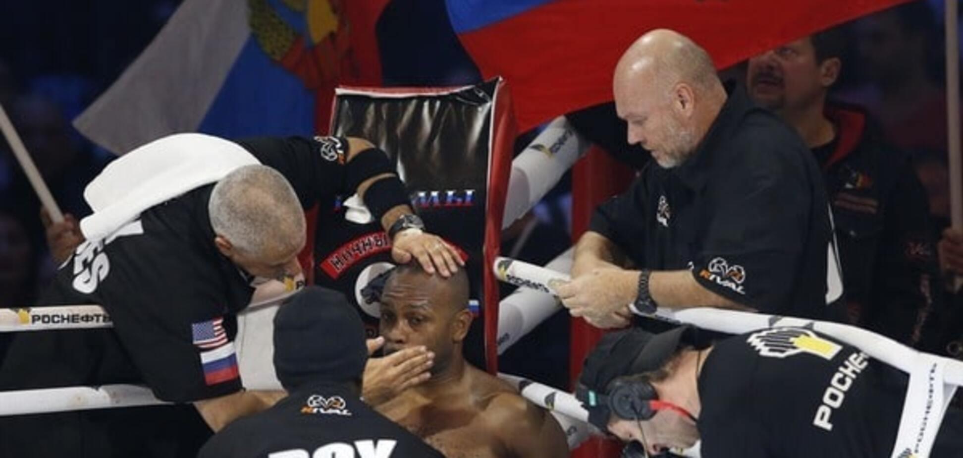 Це карма. Легенда світового боксу завершив кар'єру після ганьби під прапором Росії