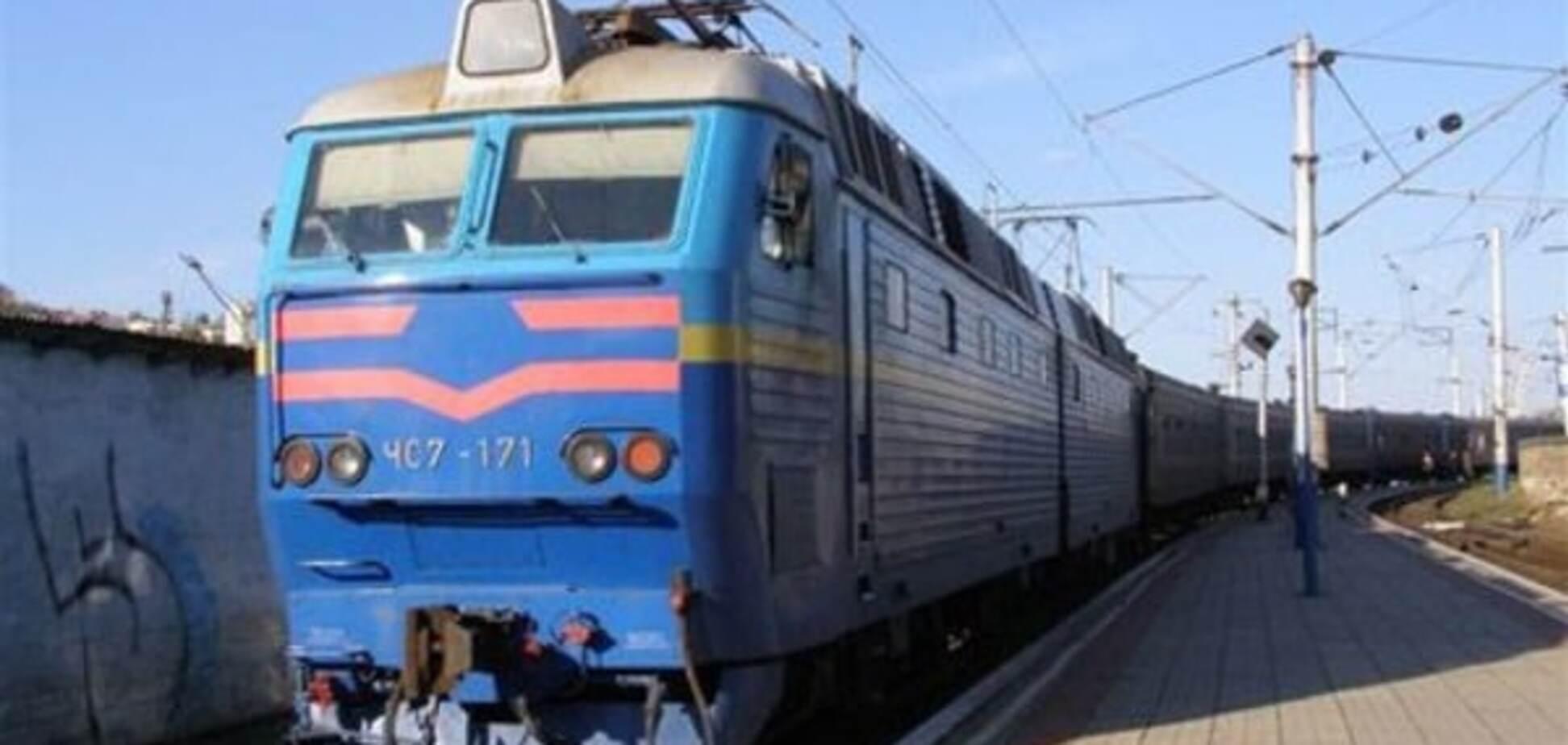 НП на залізниці: у Києві потяг збив чоловіка