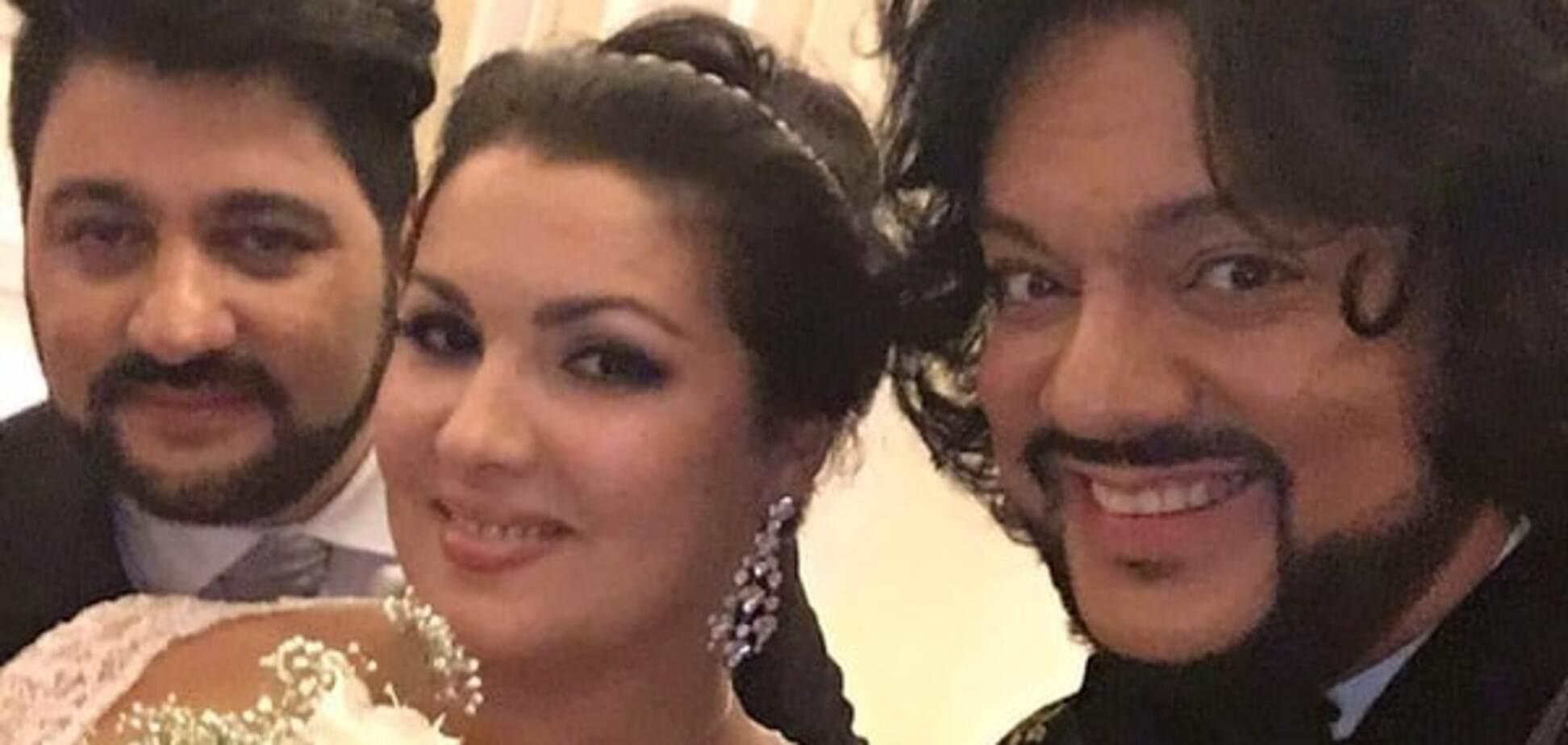 Ціна любові: 'ватниця' Нетребко напередодні весілля підписала шлюбний контракт