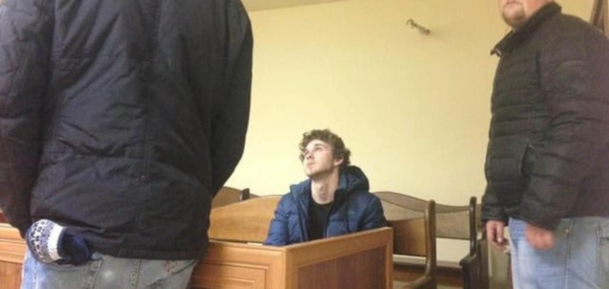 У Києві апеляційний суд ухвалив рішення на користь мажора-вбивці Толстошеєва