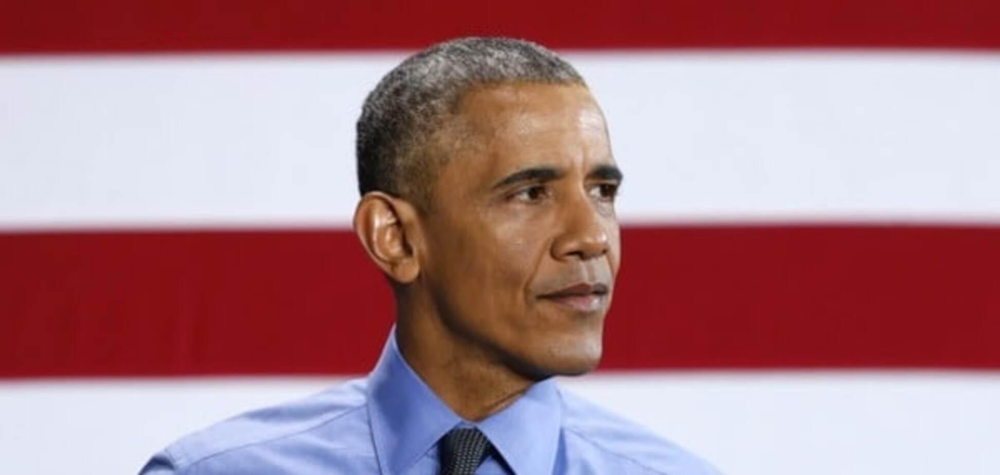 Подарунок на пенсію: художниця намалювала Обаму грудьми