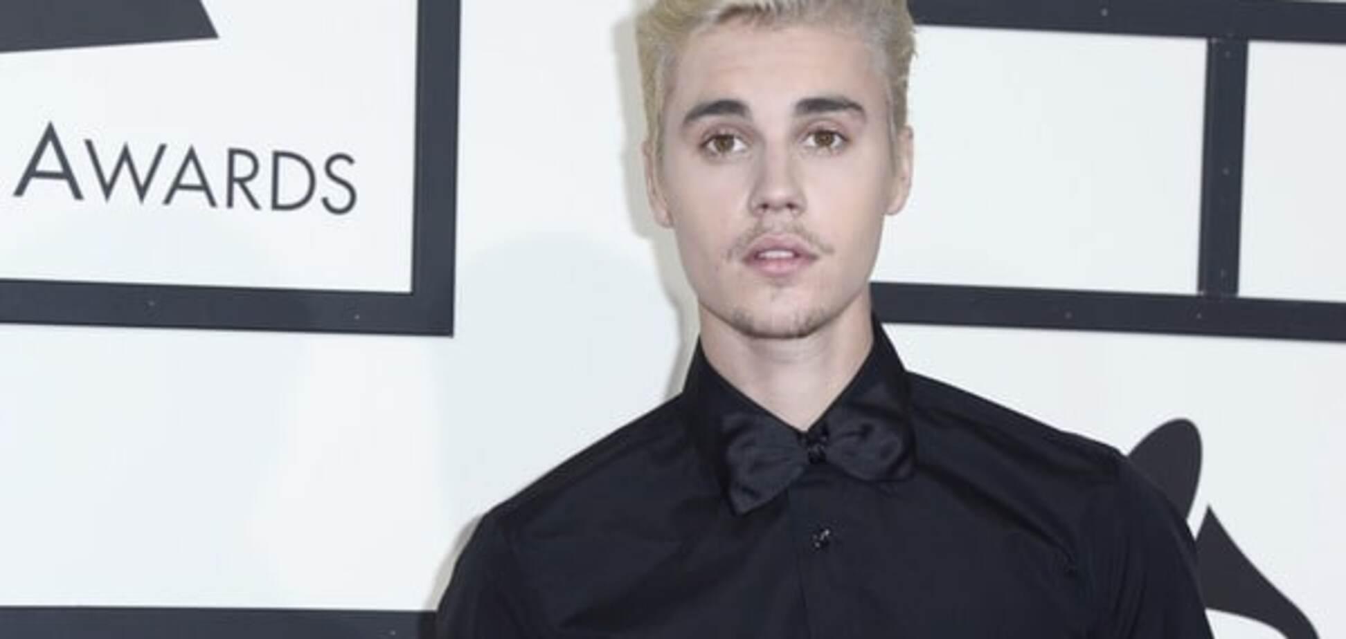 Джастин Бибер привел ребенка на вечеринку Grammy