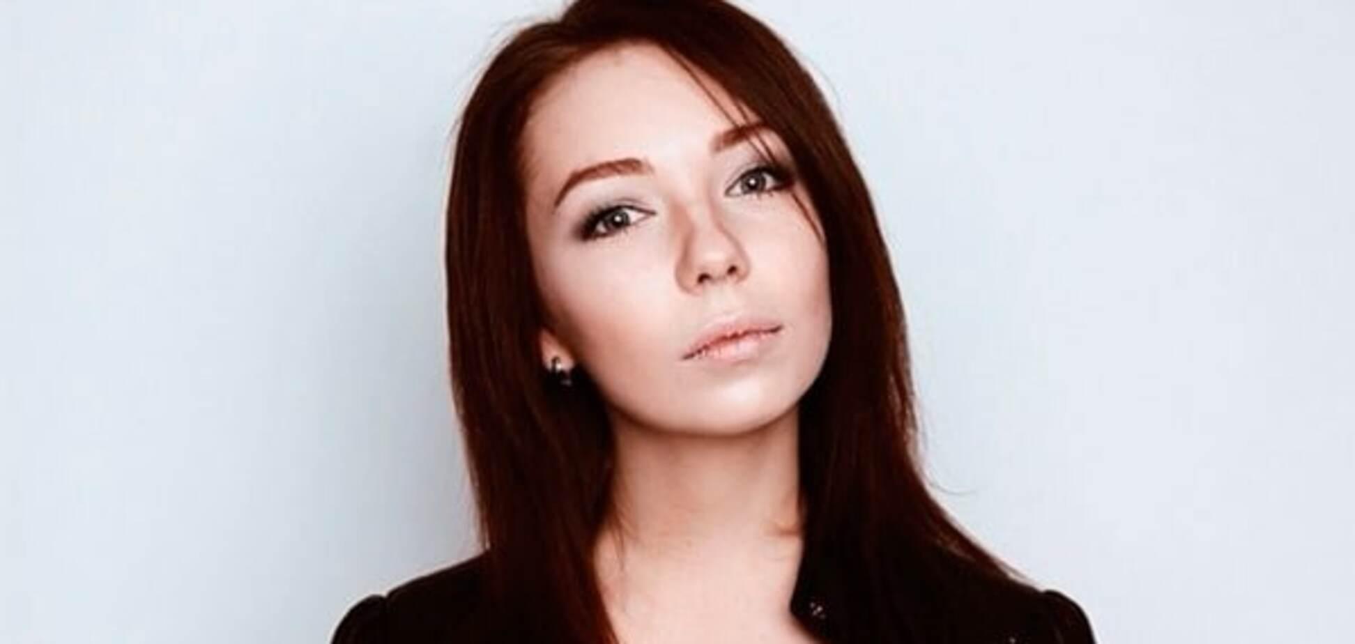 23-летняя дочь Шнурова вышла замуж за питерского бармена