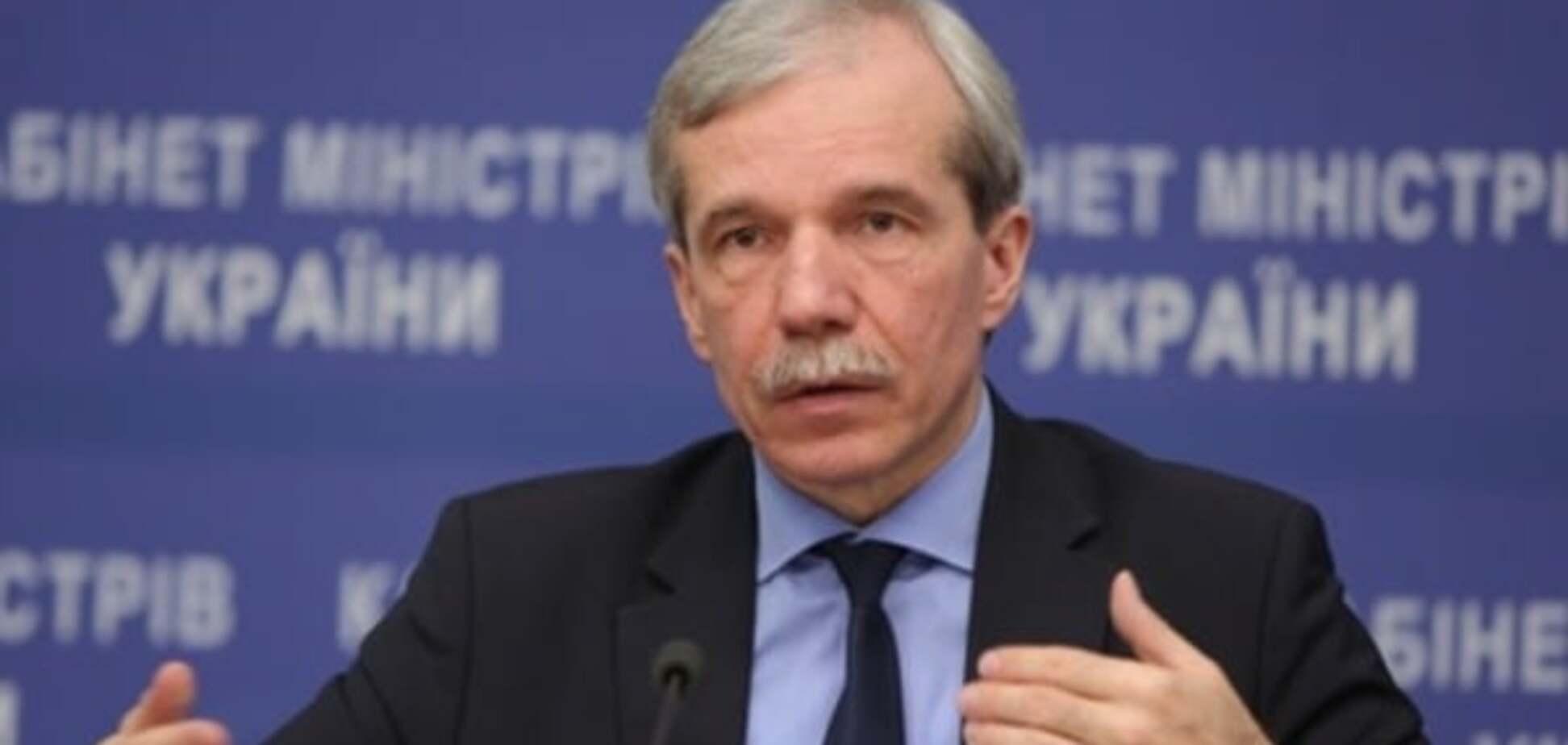 Суспільству нав'язується теза про те, що Яценюк присік 'корупційну змову' - Курикін