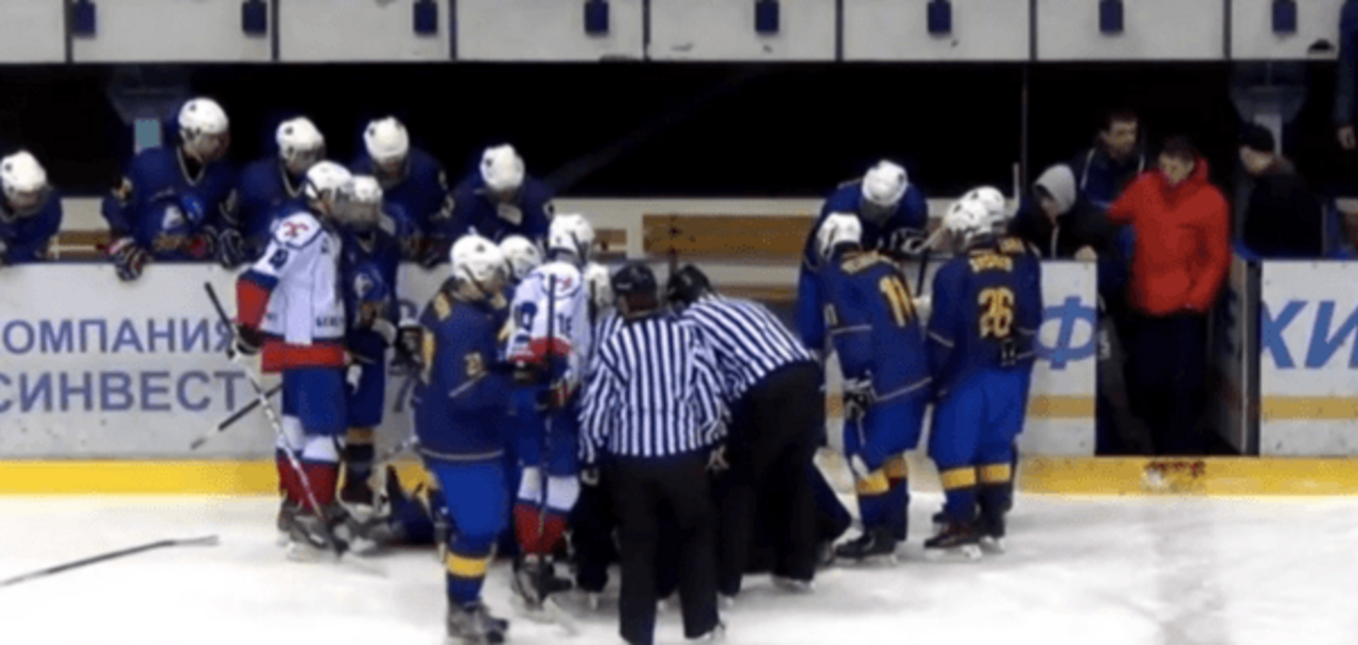 Герой дня! Український хокеїст врятував життя гравцю під час матчу: моторошне відео