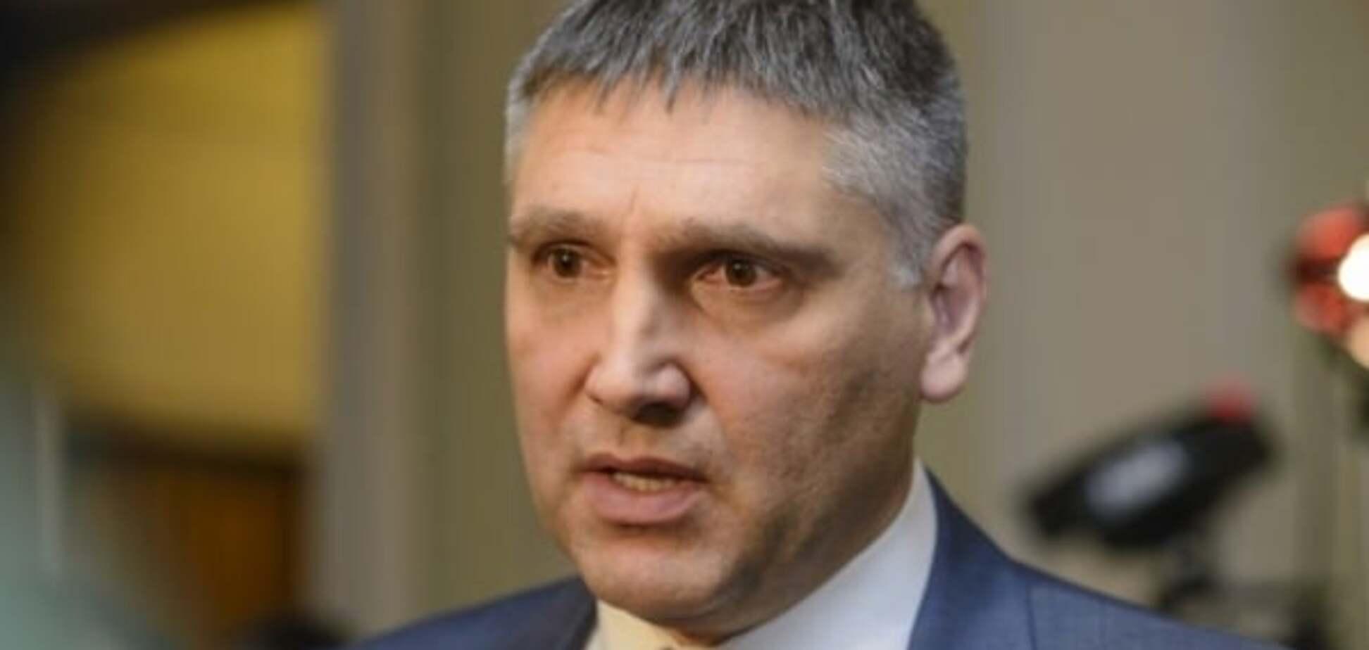 Мирошниченко призвал изменить госбюджет, а не говорить о 'достижениях' Кабмина