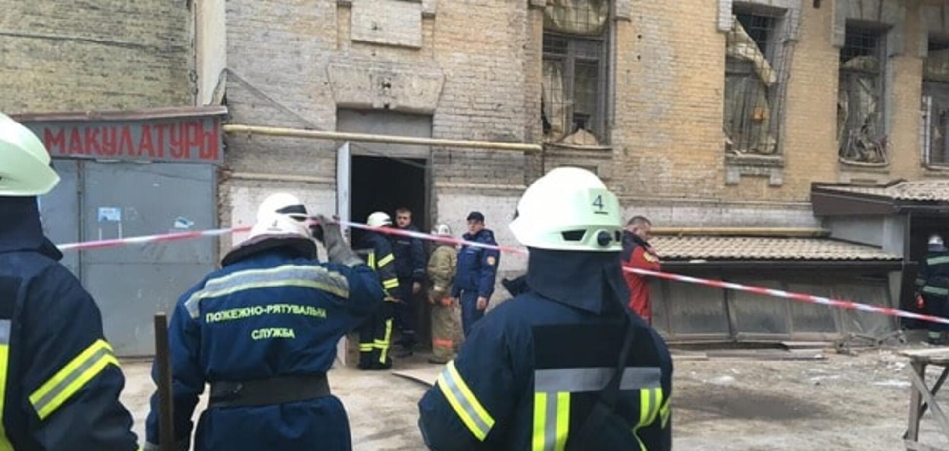 Обвалення будинку в Києві: в мерії заявили про одного загиблого, рятувальники спростовують