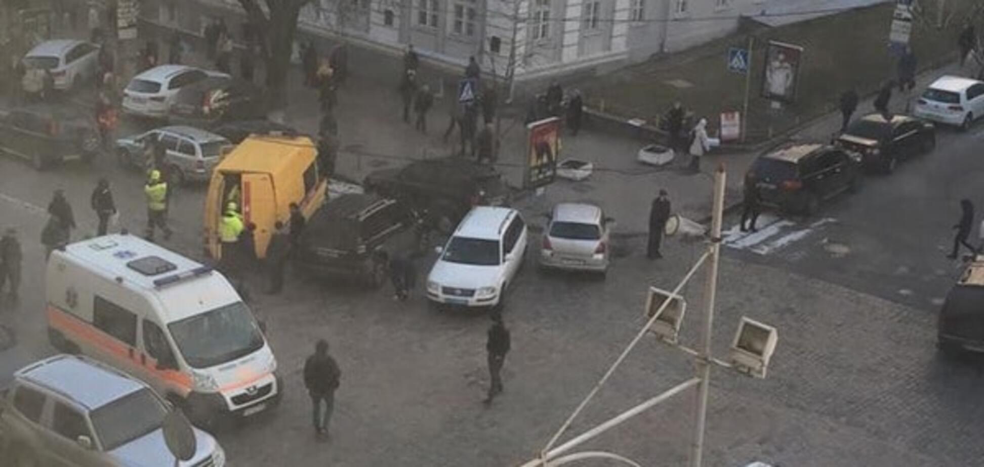 У центрі Києва через НП перекрито рух