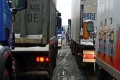 В уряді шокували цифрою збитків від блокади Україною російських фур