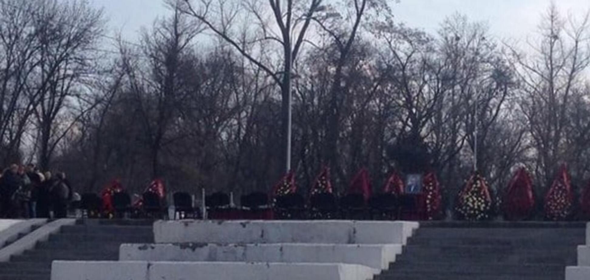 'Мы бессильны': в Харькове Кернес расплакался на похоронах Димента