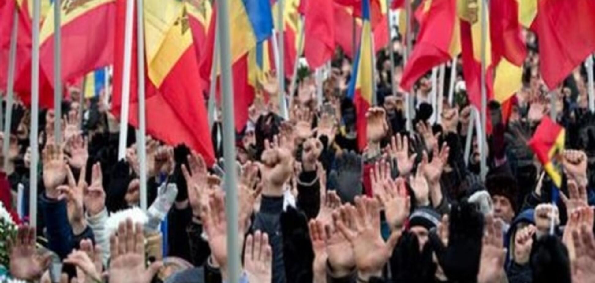 Майдан в Молдове: требования оппозиции игнорируют, но протесты пошли на спад