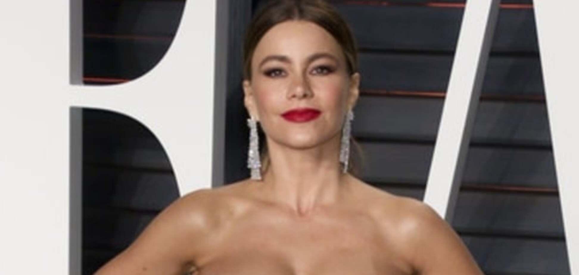 'Оскар-2016': звезды пришли на афтепати в 'голых' платьях