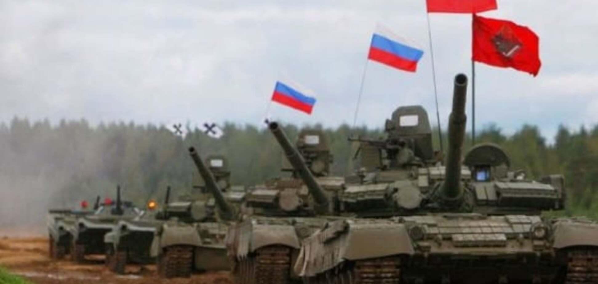 Танковой армии недостаточно: Фельгенгауэр оценил риск большого похода России на Украину
