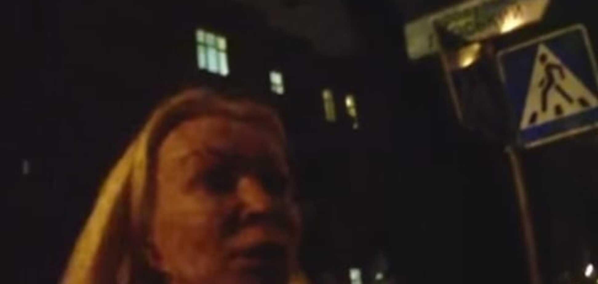 И буду нарушать: в Киеве блондинка из джипа устроила полицейским истерику
