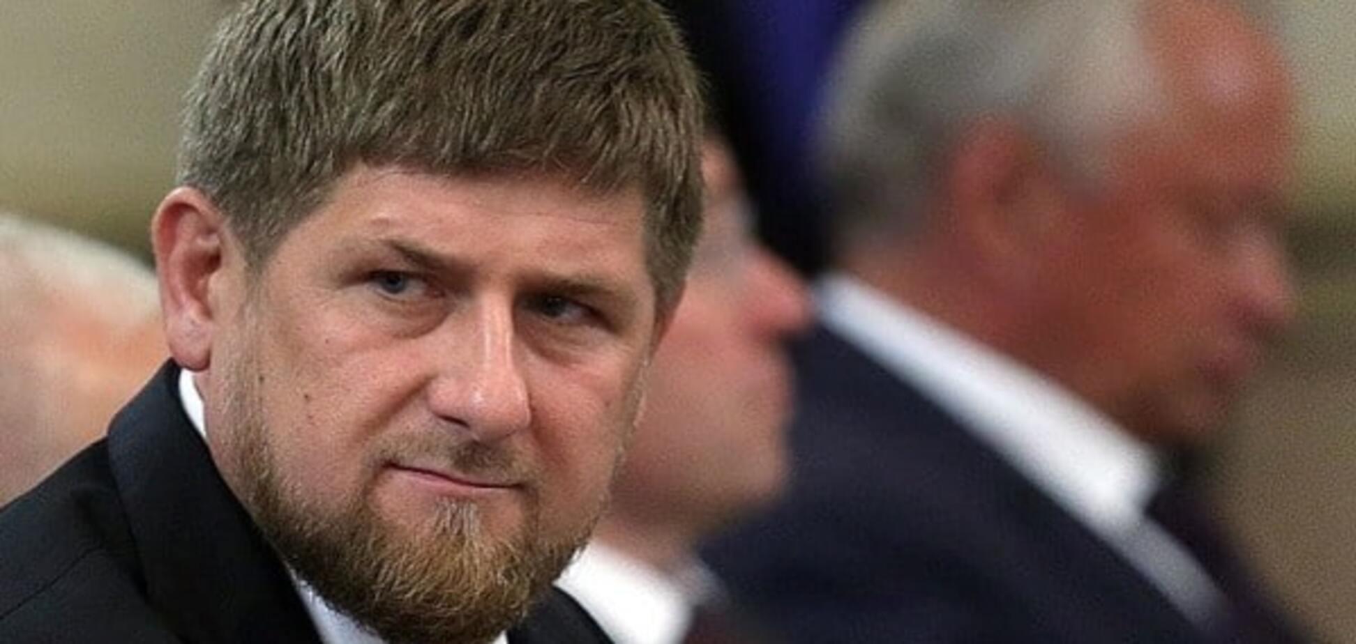 На Кадырова подали жалобу в ФСБ за выходку с 'оптическим прицелом'