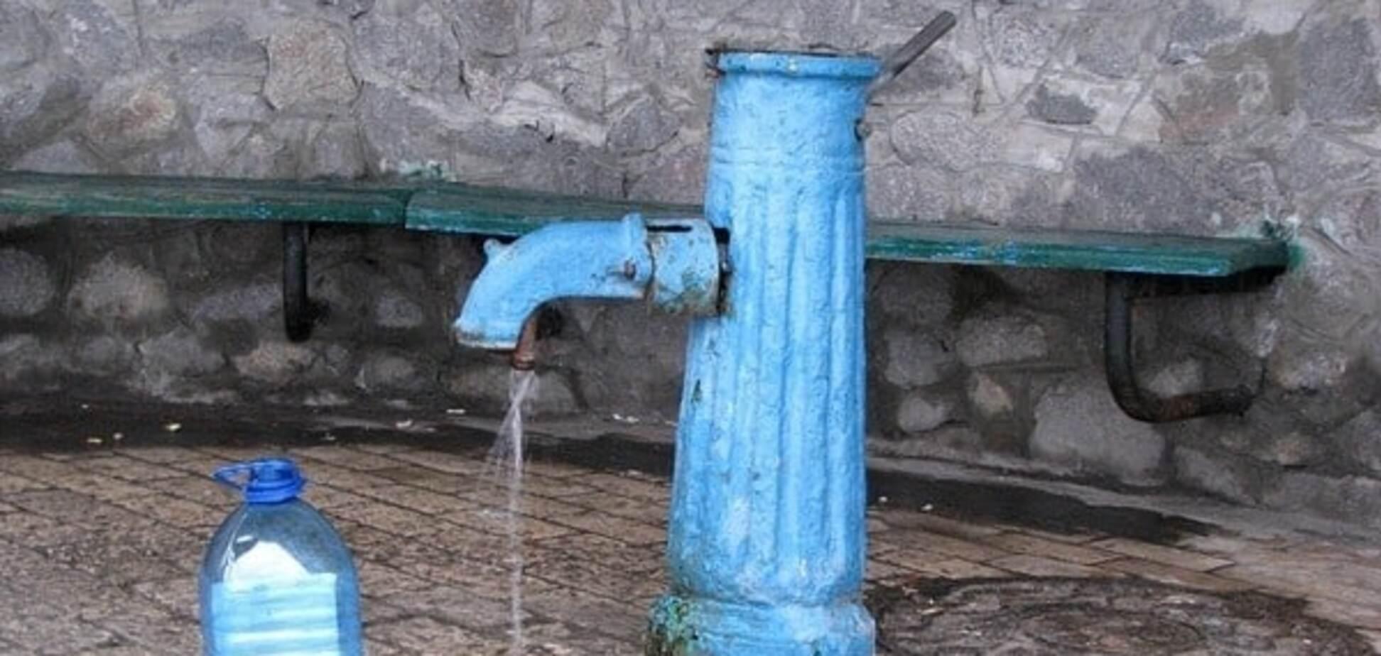 Вода із запахом: в Києві знайшли шість небезпечних бюветів