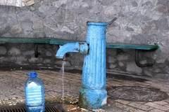 Вода с запахом: в Киеве нашли шесть опасных бюветов