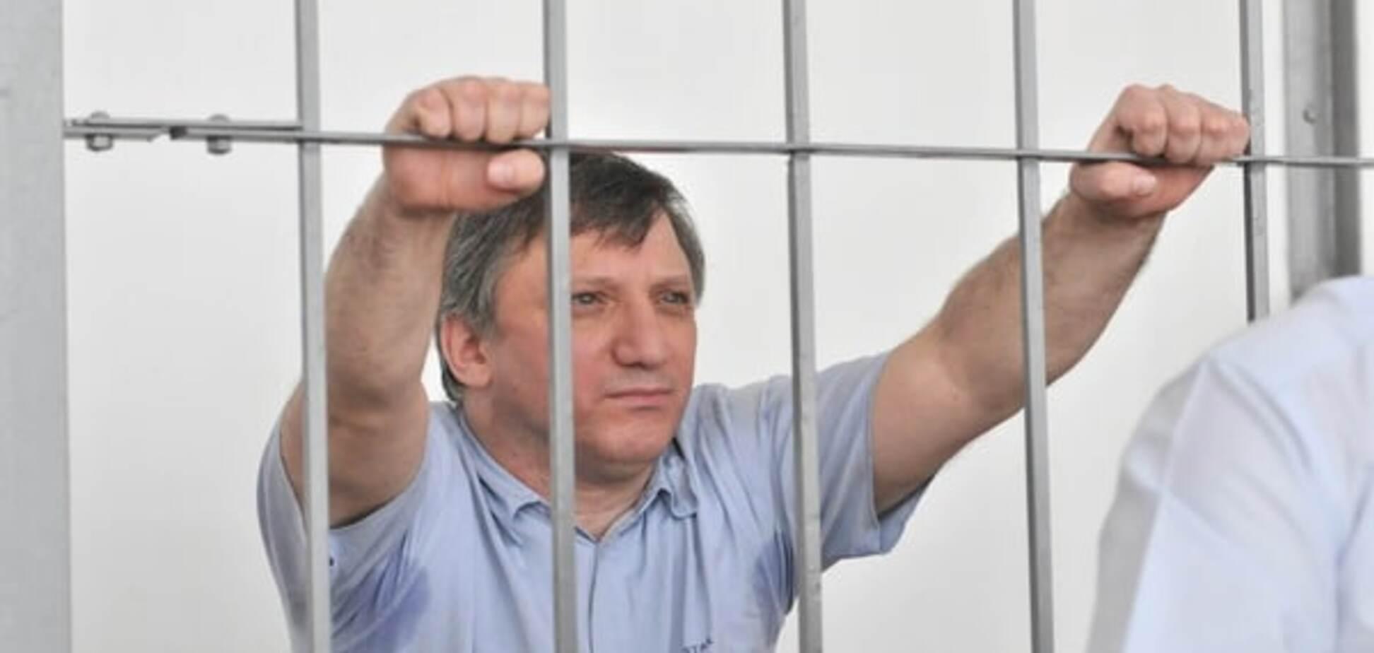 Скандальному 'Доктору Пи' пересчитали срок по 'закону Савченко'