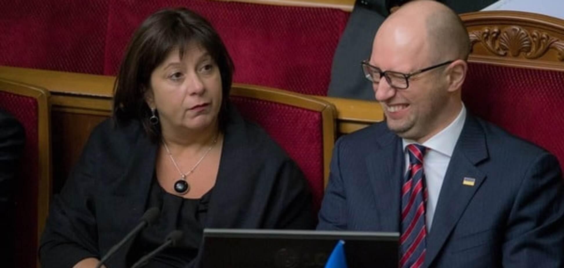 'Не надо печалиться': журналіст 'підловив' емоції Яценюка під час 'години уряду'