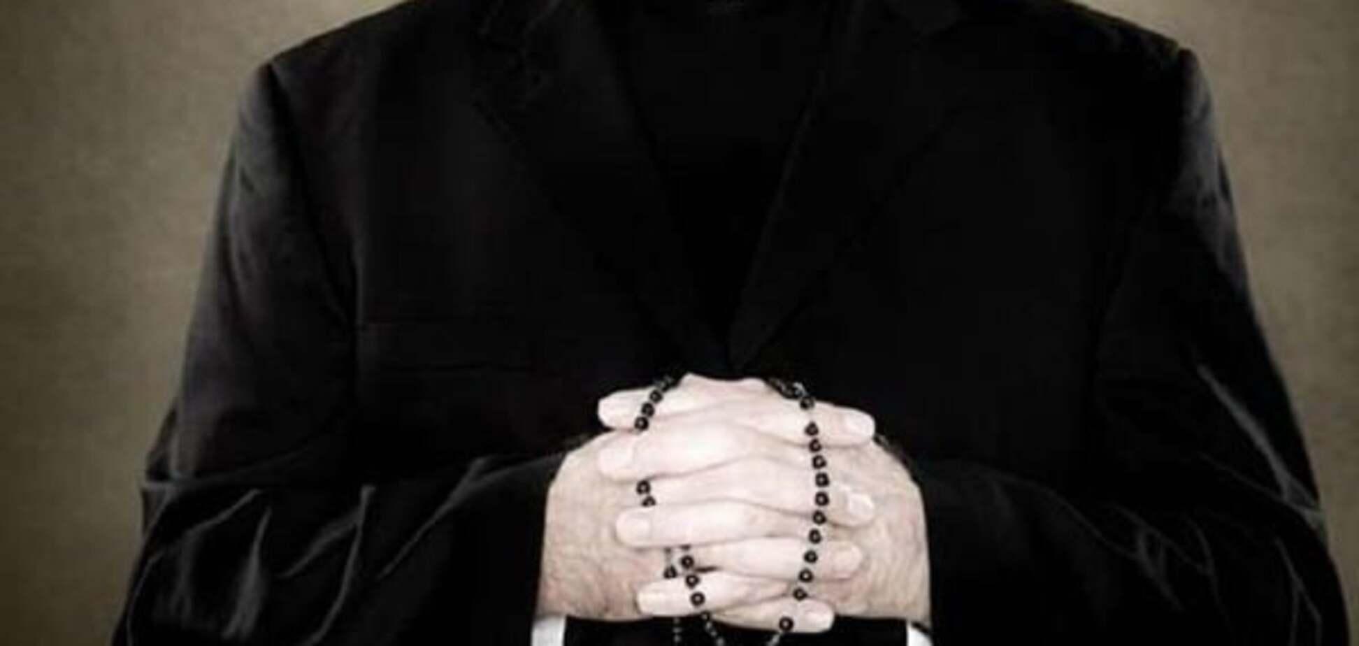 Священик-педофіл: у Римі затримали екс-архієпископа