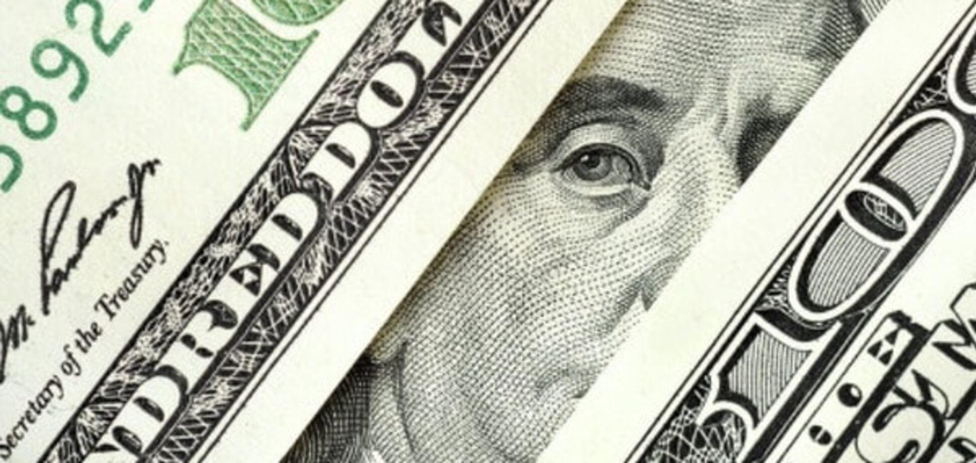 Он улетел, но обещал вернуться: экономист оценил шансы удешевления доллара