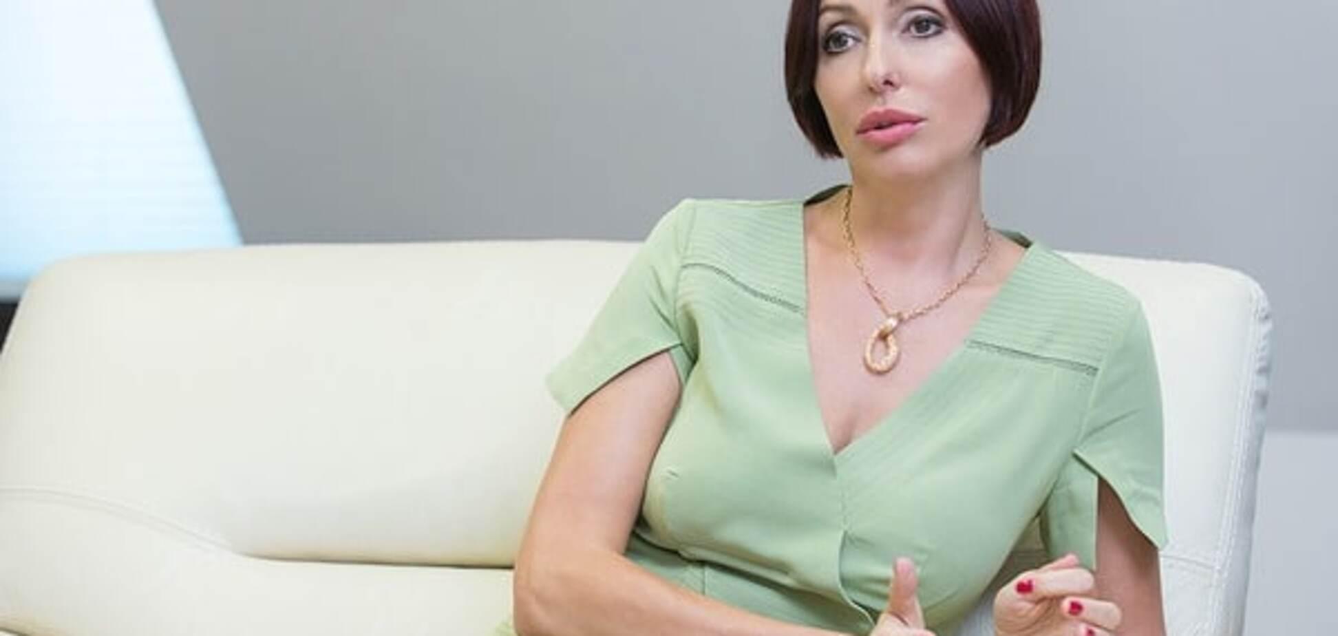 Дружина Яценюка заспівала на телебаченні: опубліковано відео