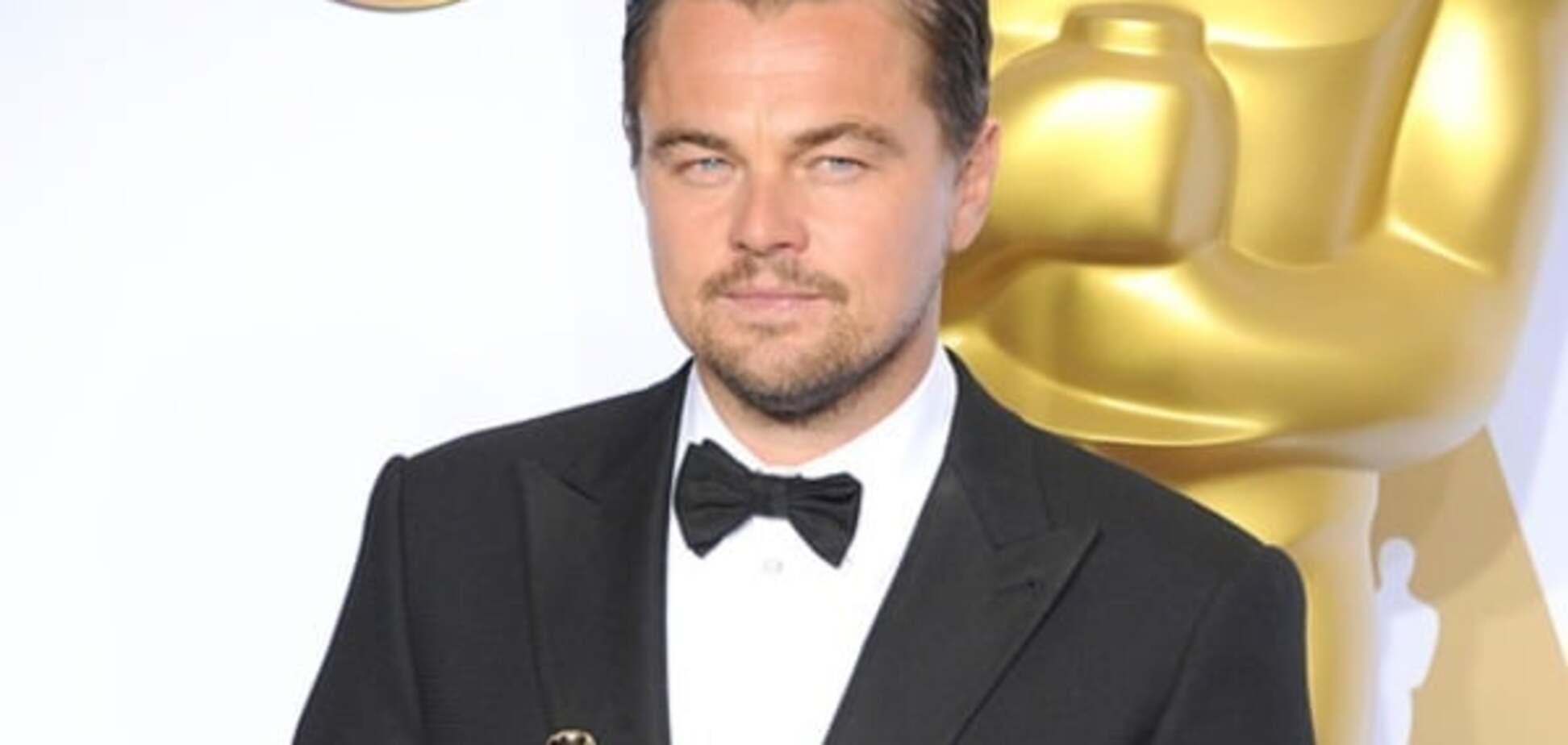 ДиКаприо забыл 'Оскар' в ресторане: опубликовано видео