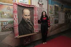 Литовченко представила выставку по мотивам произведений Шевченко