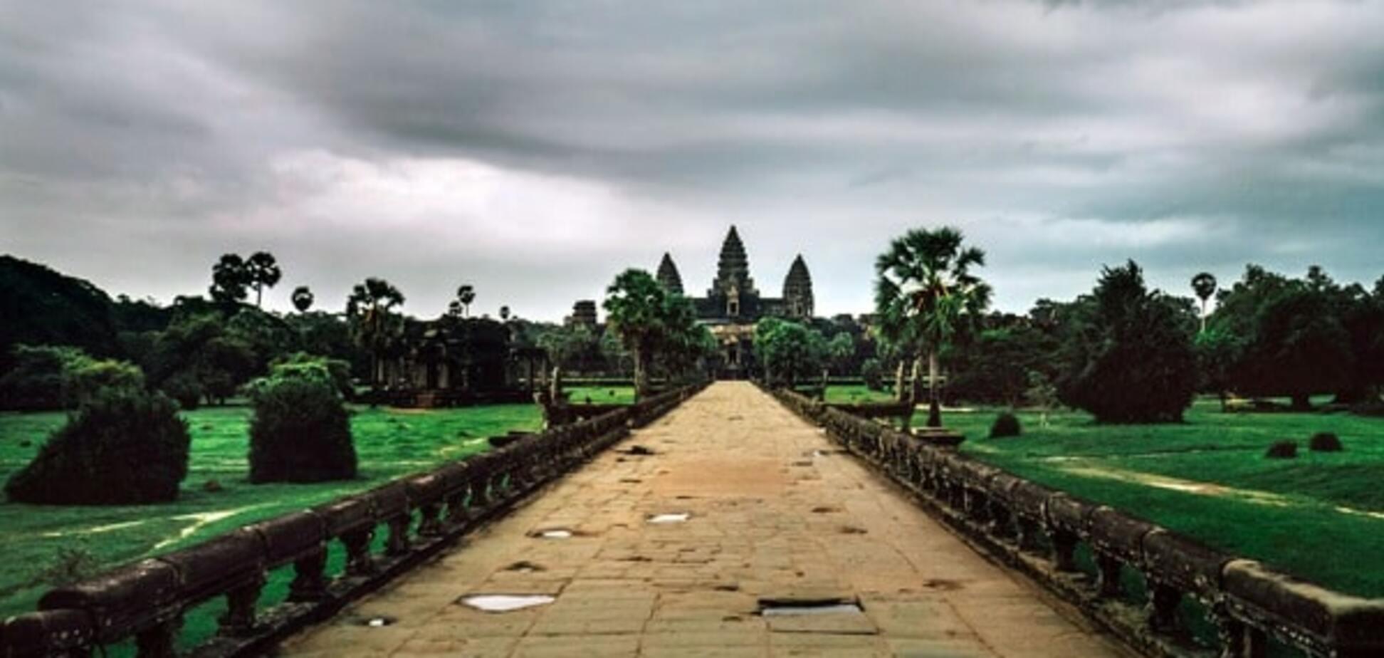 Заброшенные храмы Камбоджи: удивительные кадры