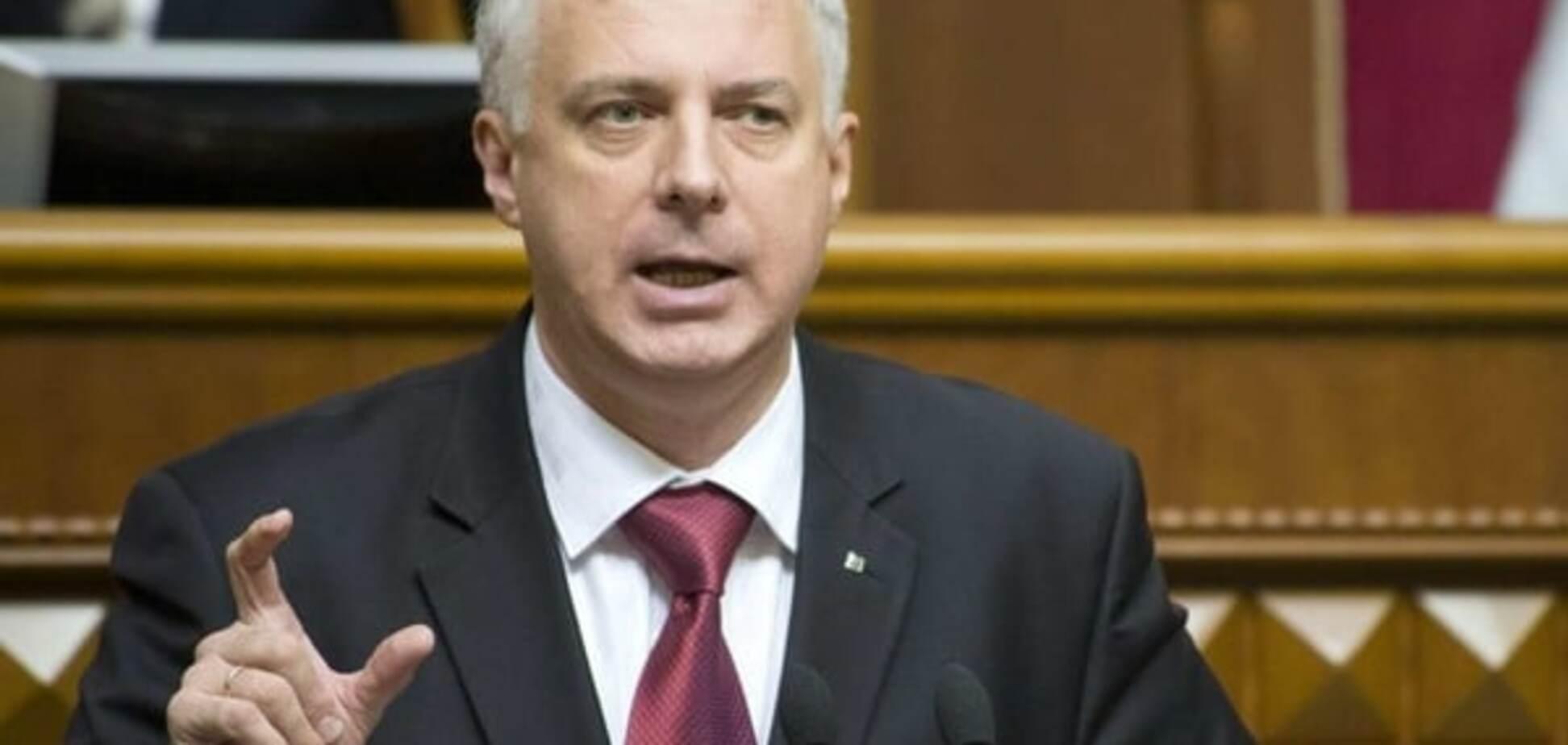 Глава Міносвіти опинився серед найбільш високооплачуваних міністрів Яценюка