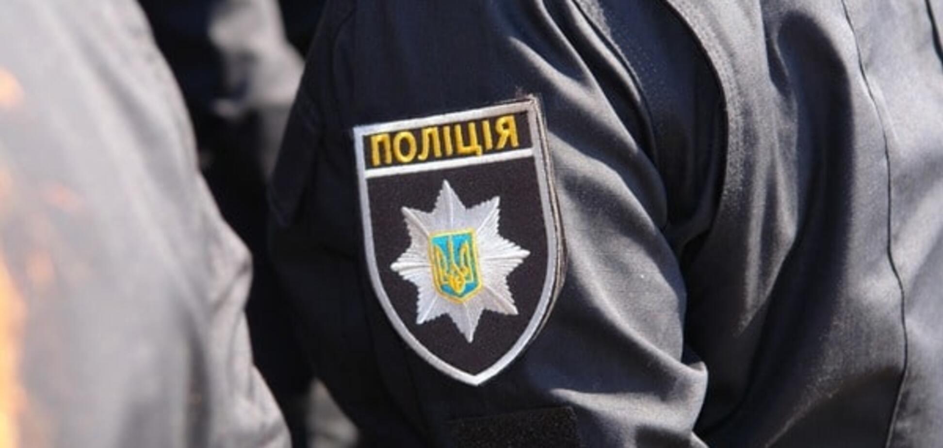 Скандал в полиции: в Киеве командир роты украл $17 тысяч