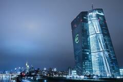 Рост евро: экономист рассказал, почему США не хотят усилить 'бакс'