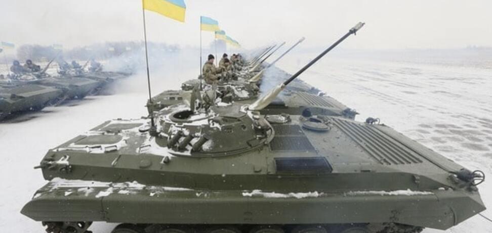 Треба брати: генерал розповів про летальну зброю і провокації Путіна