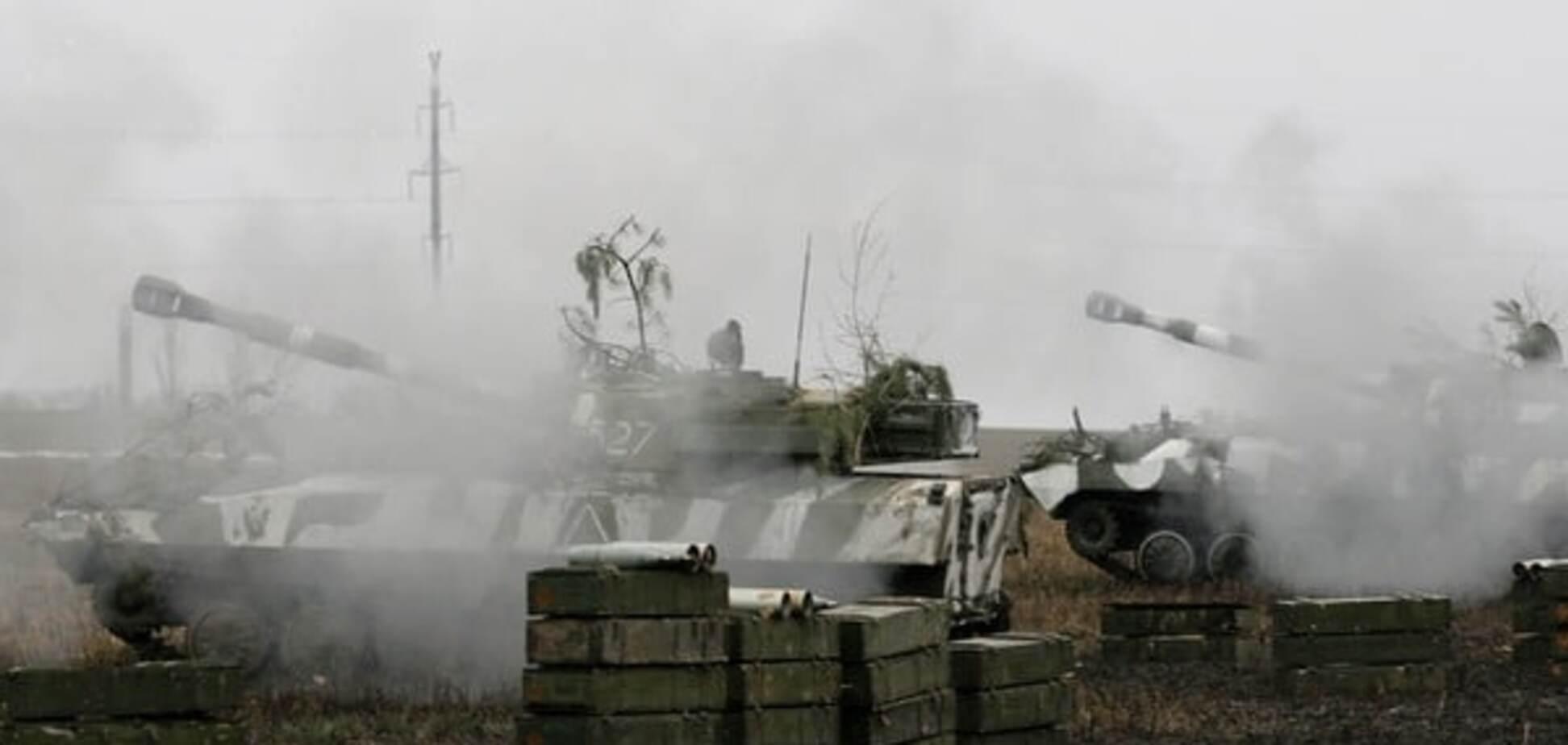 Россия отправила на Донбасс составы с техникой и офицерами - разведка