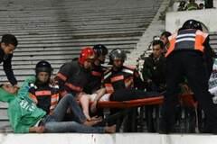Три футбольных болельщика погибли в массовой драке в Марокко: видео трагедии