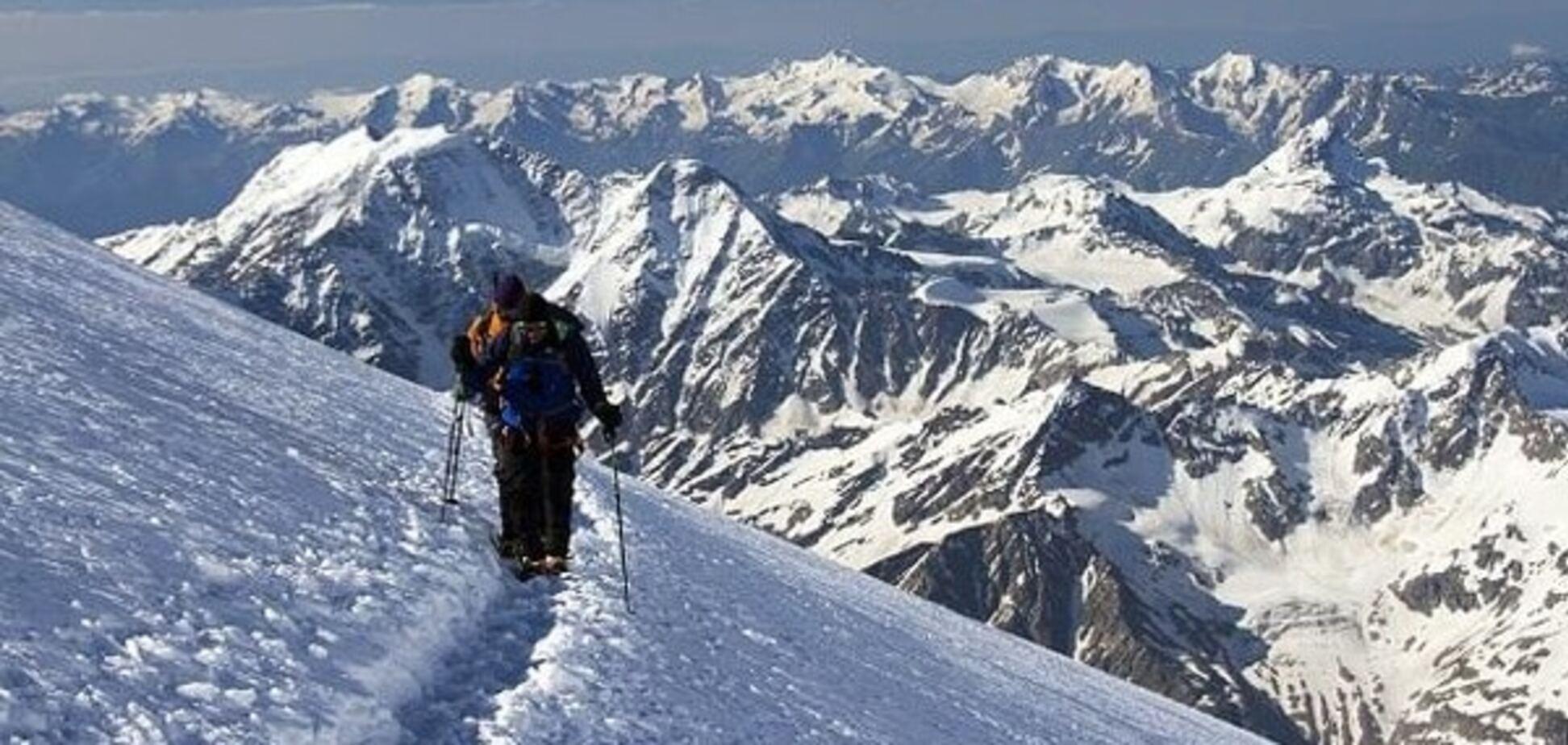 Український альпініст зірвався з висоти 5300 метрів на Ельбрусі