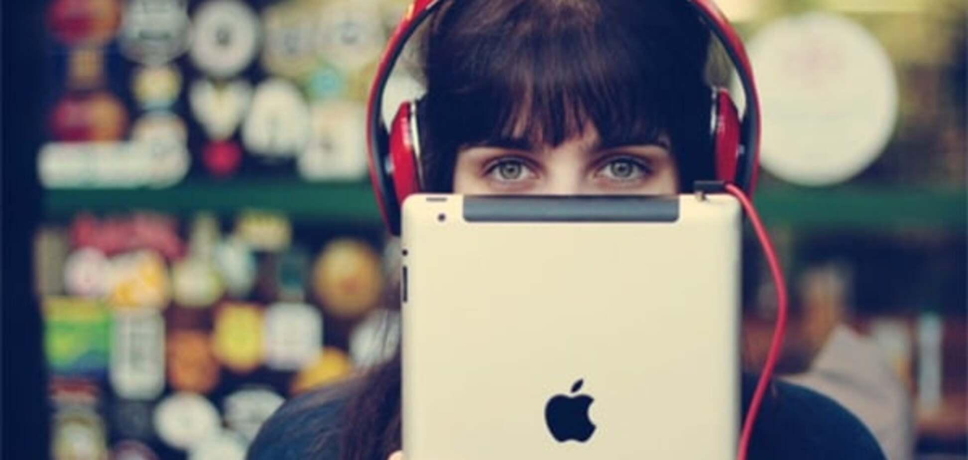 Що необхідно мати у смартфоні: топ-15 чудових аудіокниг українською