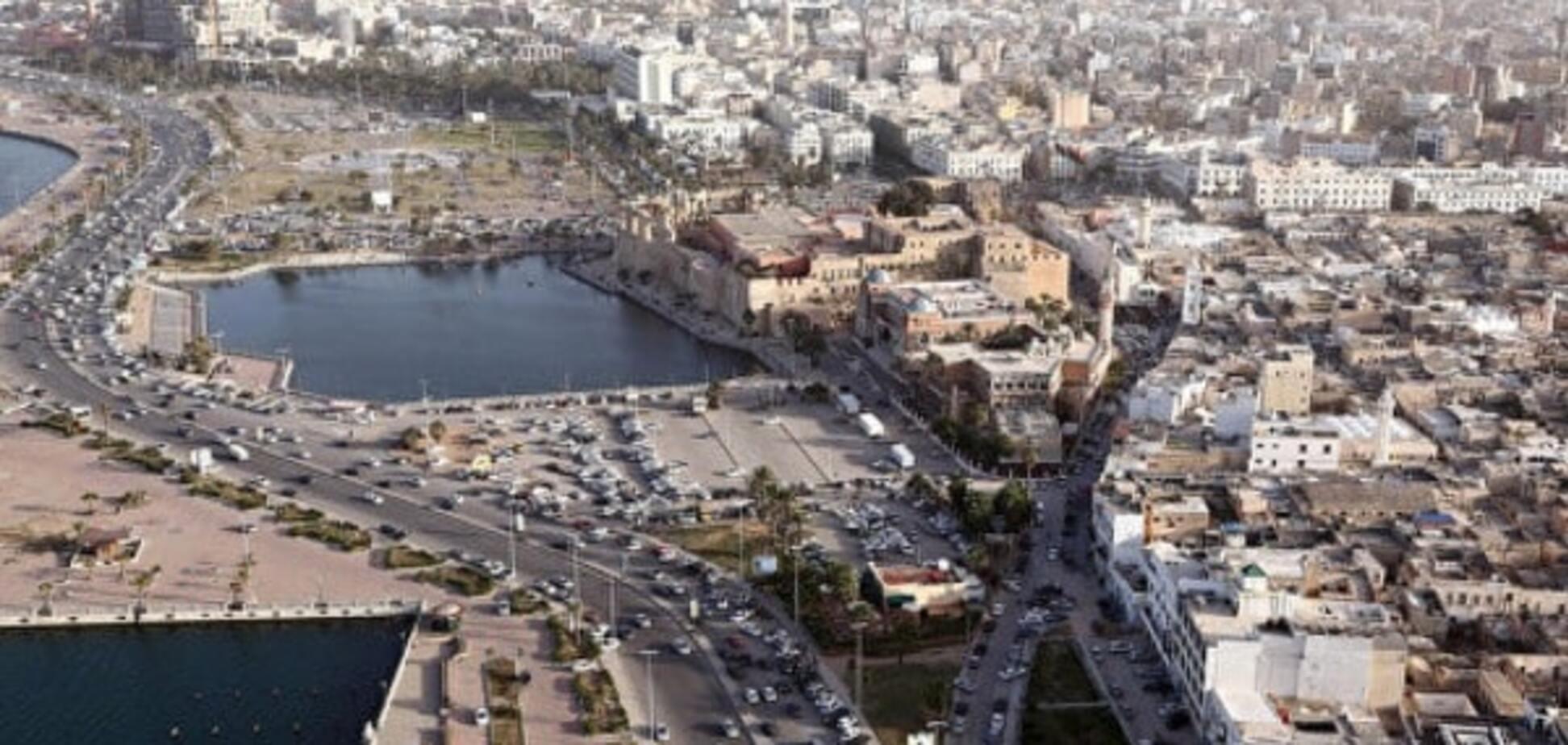 У столиці Лівії прогриміли потужні вибухи: в місті почалася стрілянина