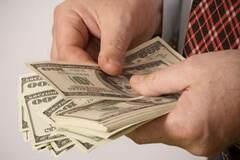 Усе йде за планом: економіст розповів, скільки буде коштувати долар через місяць