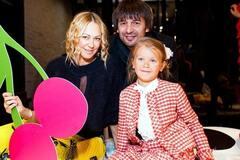 'Это смешно': адвокат Аленовой ответил на панику Шовковского о пропаже дочери