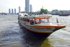 В Бангкоке произошел взрыв на речном трамвае: 67 пострадавших