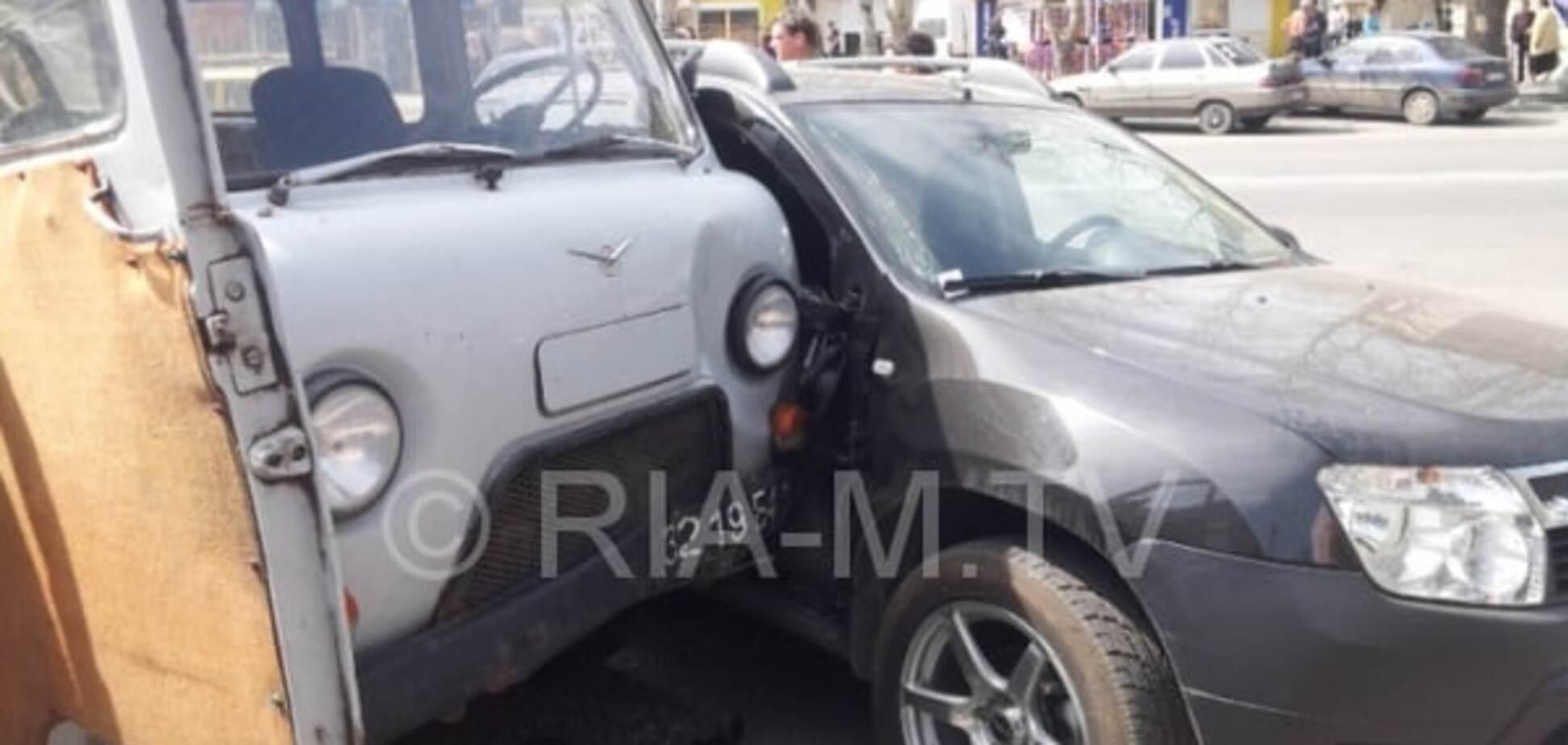 У Мелітополі армійський УАЗ збив двох жінок, одна загинула: опубліковані фото