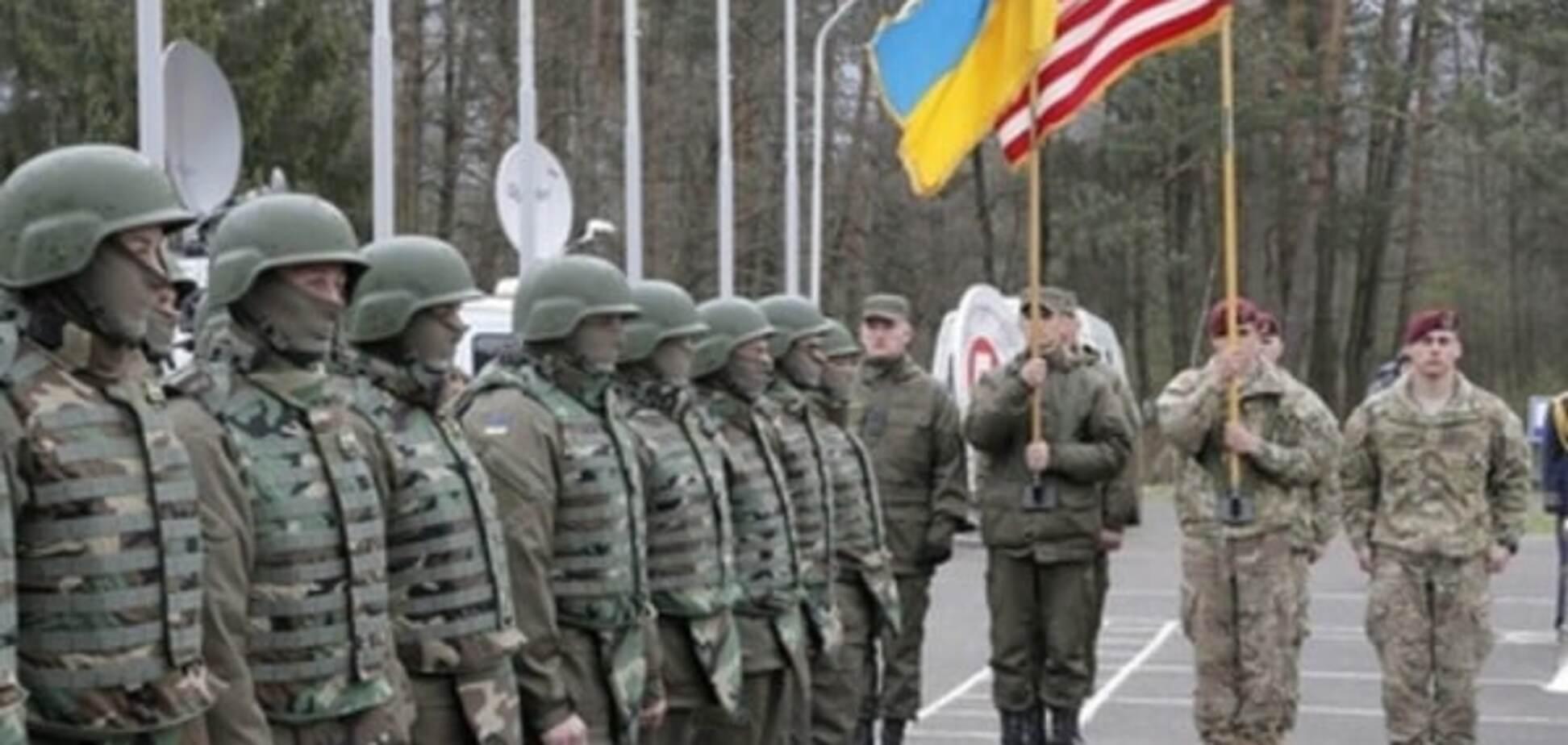 'Великодній наступ': терористи залякали Донбас атакою США