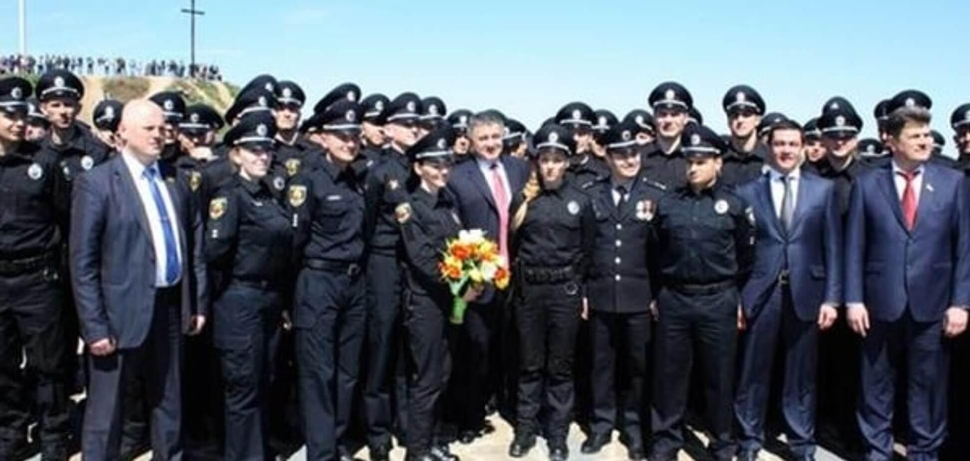 На Хортиці склали присягу 500 поліцейських Запоріжжя: фоторепортаж