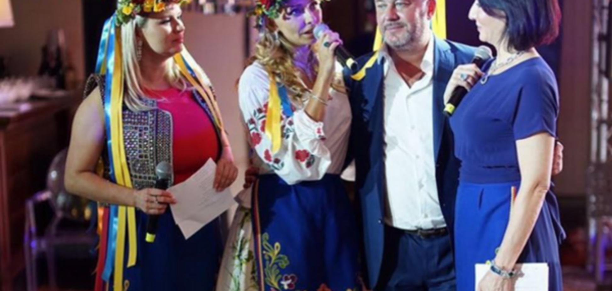 Татьяна Навка, вышиванка, фото