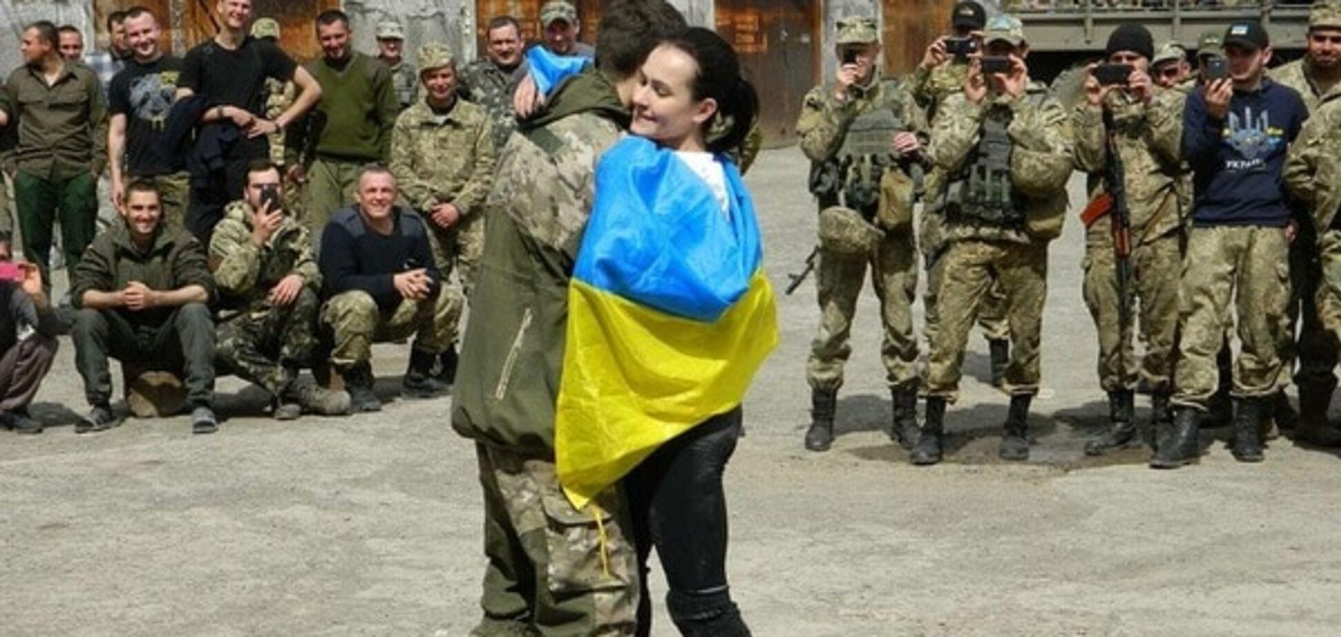 'Обстрілювали з танків': знаменита чемпіонка підтримала українських військових у зоні АТО